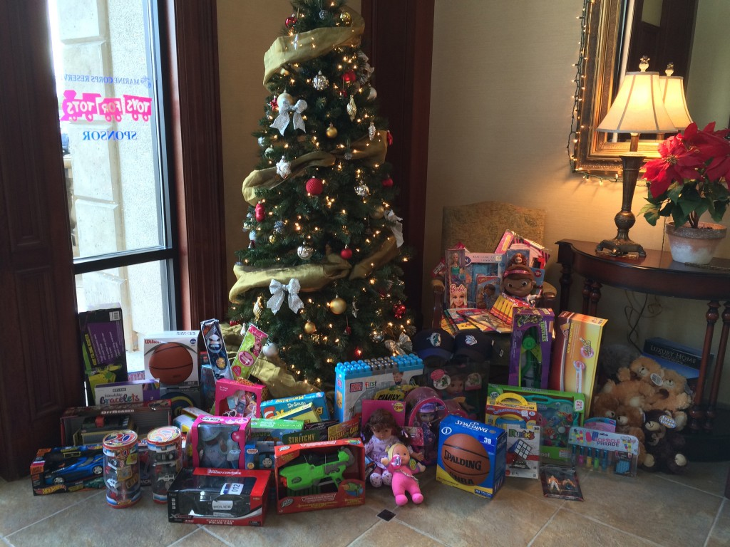 WRR Toys for Tots_2014