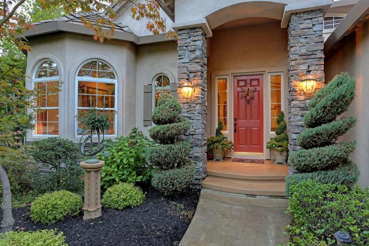 Cozy Homes in the Sacramento Area