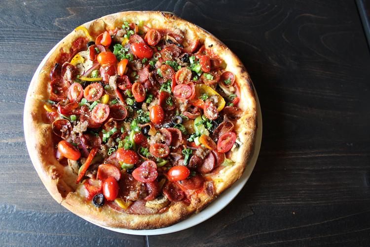 Pizza Rock Sacramento California trivia nights pub quiz
