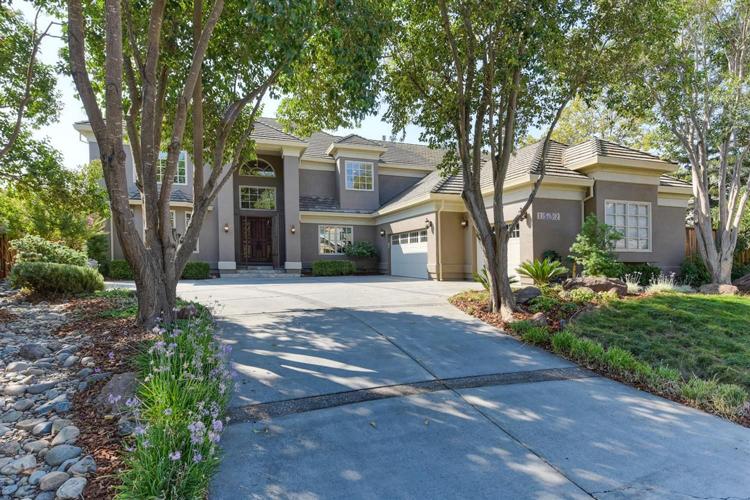 1532 Rialto Lane, Davis, CA 95618