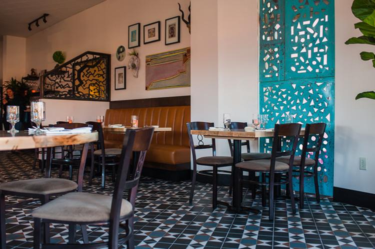 Woodlake Tavern Sacramento, CA