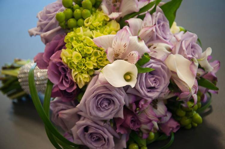 Nina's Flowers & Gifts | Elk Grove, CA