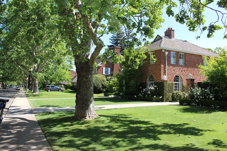 East Sacramento Real Estate