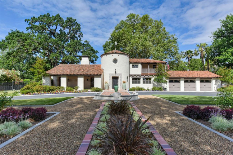 Luxury Homes For Sale in Sacramento Area