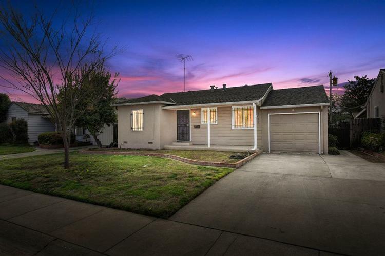 5652 Nolder Way, Sacramento, CA 95822