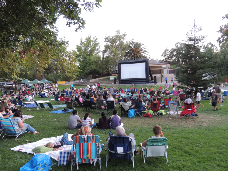 Fair Oaks Movies in the Park