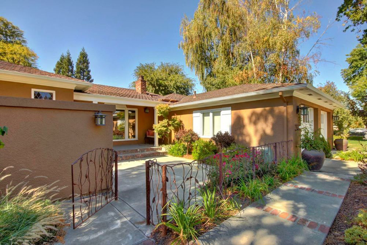 321 Ross Way, Sacramento, CA 95864